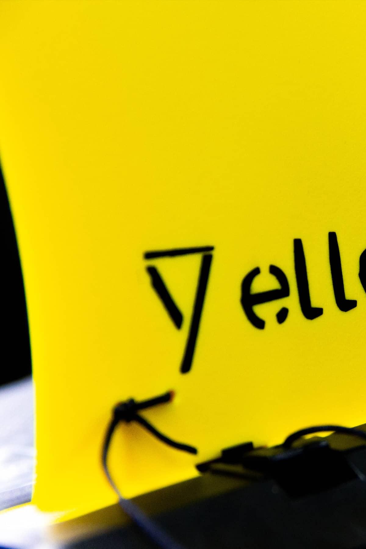 Vin voor Yellow V SUP's